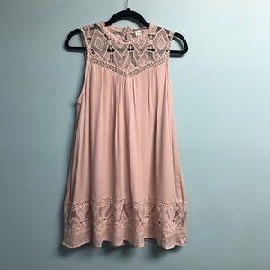 Blue Pepper Sleeveless trapeze Dress Blush Sz L
